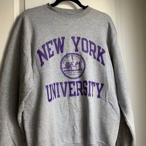 NYU sweatshirt in Medium